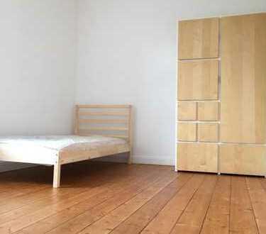 Helles WG-Zimmer in der VILLA HERSEL zw. Bonn und Köln