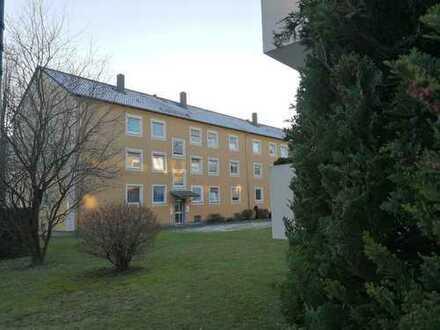 Neusäß Nähe Schulzentrum: 3 ZKB Wohnung mit Balkon