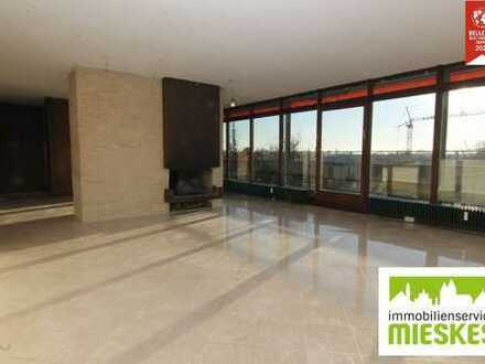 PENTHOUSE IN DER INNENSTADT!!! Riesige 3,5-Zimmer-Wohnung mit zwei Eingängen