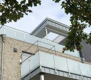 Stilvoller, lichtdurchfluteter Penthouse-Traum in Oldenburg-Eversten