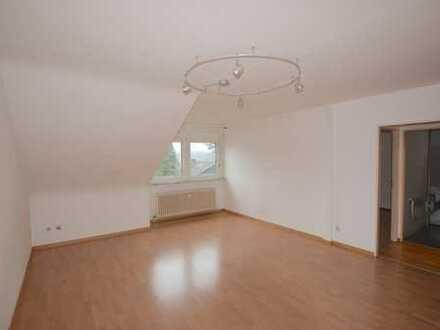 sofort einziehen! renovierte Dachgeschosswohnung in F-Dornbusch