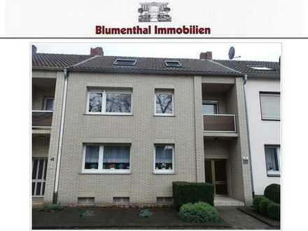 Sehr gepflegtes 3-Familienhaus mit schönem Garten in ruhiger, stadtnaher Wohnlage von Krefeld !
