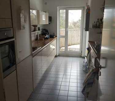 ++Schöne drei Zimmer Wohnung in Augsburg, Pfersee++