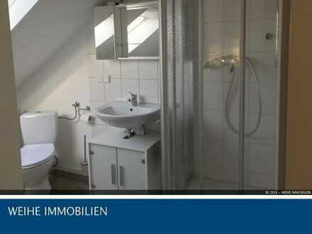 Helle gepflegte Dachgeschosswohnung - 3 Zimmer - in Dudenhofen