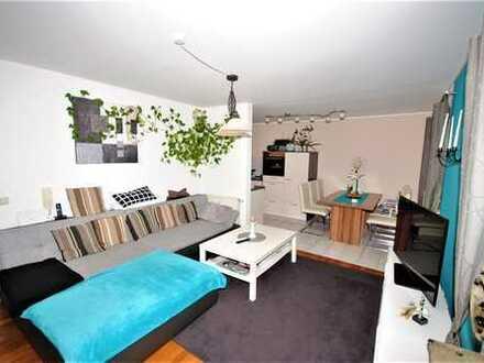 Kapitalanlage - Gepflegte 2-Zimmerwohnung mit Balkon, Tiefgaragen- und Außenstellplatz -