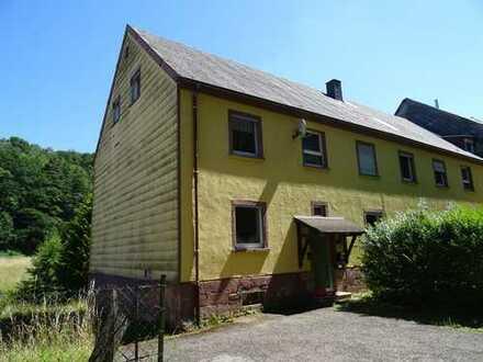 Attraktive Anlage! 6-Familienhaus in ruhiger Lage in Waldfischbach-Burgalben