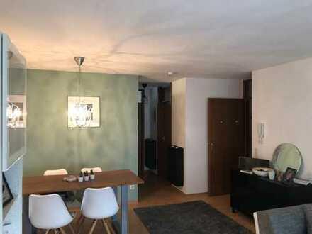 Provisionsfrei - Gepflegte schöne 2-Zimmer Wohnung in Echterdingen mit Balkon