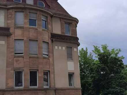 Stilvolle 5-Zimmer-Wohnung mit Balkon und EBK in Stuttgart - Stuttgart-Süd