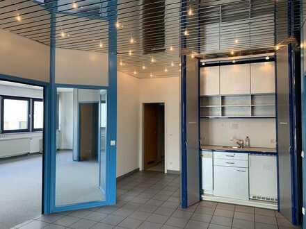 Schicke klimatisierte Büroräume in Autobahnnähe mit Aufzug und Tiefgaragenstellplätze