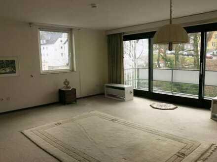 Freundliche, gepflegte 2-Zimmer-Wohnung mit gehobener Innenausstattung zur Miete in Detmold