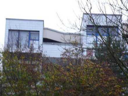 AUGSBURG - UNIVIERTEL-DACHMAISONETTE im 7 Stock Balkon und 8 Stock Dachterasse, 5ZKB- CA. 140qm,