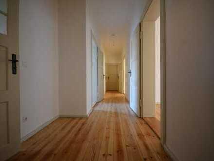 Erstbezug nach aufwendiger Sanierung *moderne 4-Raum im 1.OG*Balkon*Gäste-WC*Vollbad