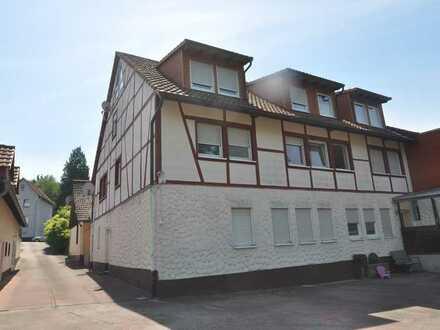 Großzügige Eigentumswohnung auf zwei Etagen mit Gartennutzung und Stellplatz