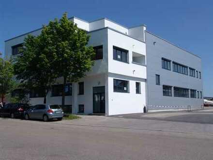450qm Halle mit 90-180qm Büro zu vermieten