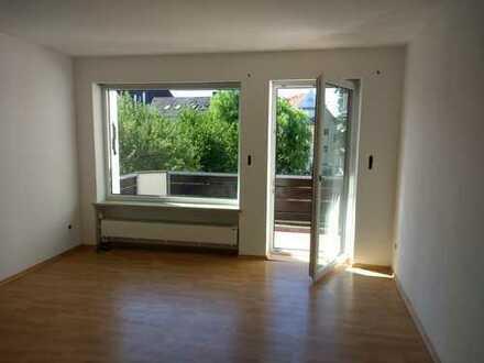 Sehr schöne u. helle 4 - Zimmer- Wohnung in zentraler Lage in Pfaffenhofen an der Ilm (Kreis)