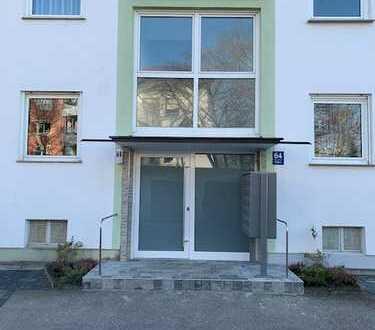 Erstbezug nach Sanierung: stilvolle 1-Zimmer-Wohnung mit Balkon in Olching