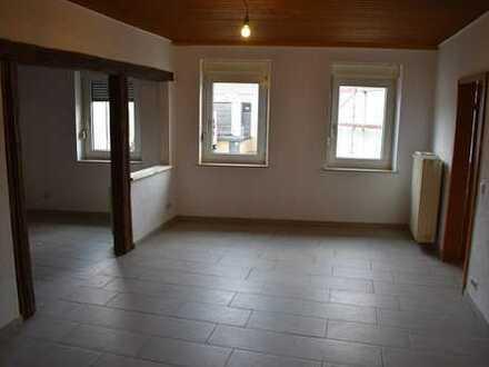 Schöne drei Zimmer-Küche-Bad-Wohnung in Freinsheim