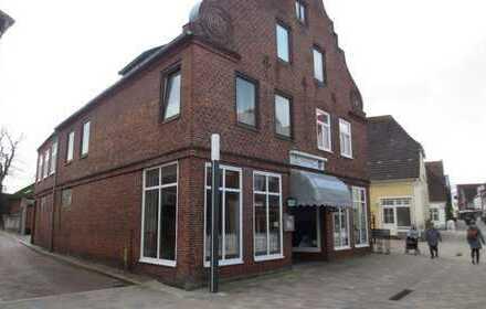 ANLAGE/RENDITE OBJEKT! Wohn- und Geschäftshaus in Fußgängerzone in 25704 Dithmarschen-Meldorf