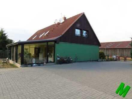 + Maklerhaus Stegemann + 5,95% + gepflegtes Einfamilienhaus mit ELW und Pool Nähe Feldberg