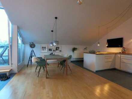 Exklusive, Möblierte 2-Zimmer-Dachgeschosswohnung mit Balkon incl. Nebenkosten, München Bogenhausen
