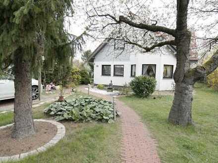 Einfamilienhaus mit großem Garten - Ruhige Lage in Berlin-Rudow