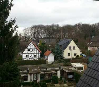 Hochwertige Maisonette-Wohnung mit Balkon in ruhiger Lage von Heven