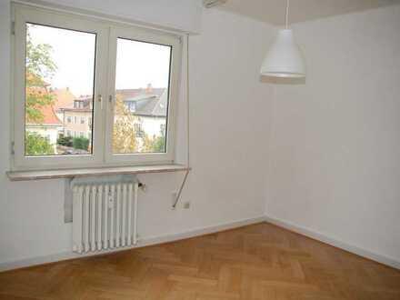 Zimmer in 3er-WG, wegen Hochschulwechsel SOFORT BEZUGSFÄHIG, sanierter Altbau in MA-Feudenheim