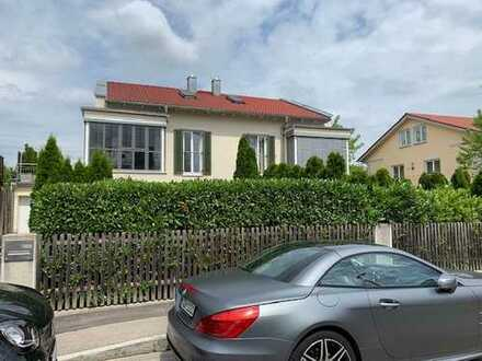 Schönes Haus mit sechs Zimmern in München, Bogenhausen
