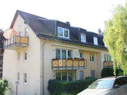 Komfortable Dachgeschosswohnung mit Burgblick!