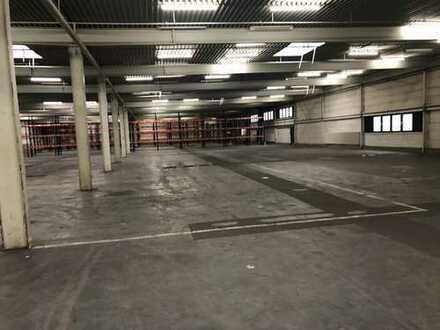 Gewerbehalle in Bielelfeld ca. 1500 m² zu mieten.Die Halle ist beheizbar.Gute Anbindung zur A2