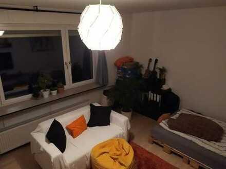 Stilvolle, neuwertige 3-Zimmer-EG-Wohnung mit Balkon in Darmstadt
