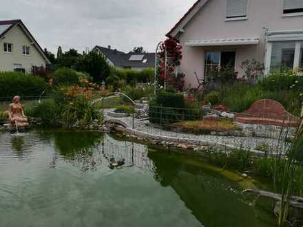 Junges Haus 2004 - herrliches Grundstück - ruhige Lage - Schwimmteich - Garage - Carport