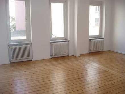 Sanierte 3-Zimmer-Wohnung in Traumlage (Oststadt/Lister Platz)