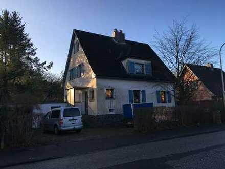 Freistehendes Haus mit Charme auf wunderschönem Grundstück ***gegen Gebot***, Kiel