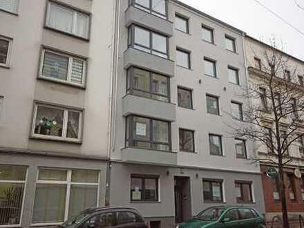 Erstbezug nach Sanierung! Moderne 2 ZKB Wohnung beim Hauptbahnhof