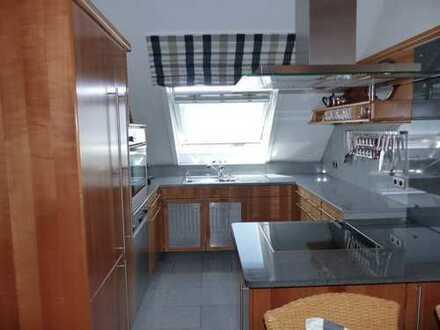 Erstklassiges 3-Familienhaus mit vielen Extras und in einem äußerst gepflegtem Zustand!
