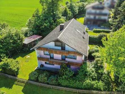 Bad Waldsee / Haisterkirch – Riesiges Einfamilienhaus mit ELW in toller Aussichtslage…