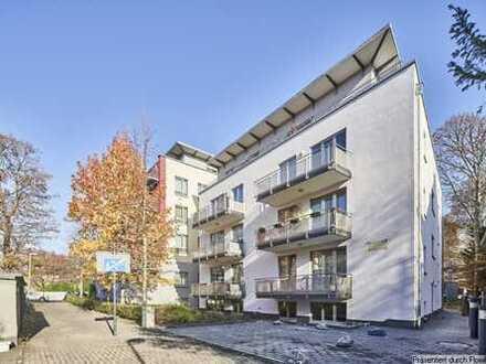 Junkersdorf ; Gepflegte Wohnung im Souterrain mit 2 Zimmer