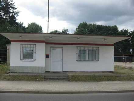 Büro-, Lager- und Freifläche im Gewerbegebiet