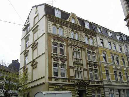 4-Zimmer-Altbau-Wohnung Elberfeld Ostersbaum