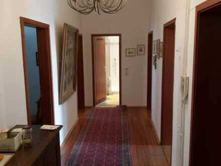 4-Zimmer-Wohnung mit Balkon und Einbauküche in Karlsruhe-Weststadt