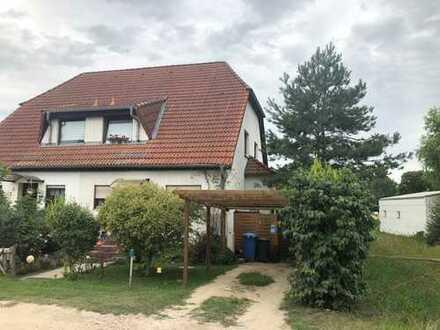 Schönes Doppelhaushälfte mit vier Zimmern in Märkisch-Oderland (Kreis), Rüdersdorf bei Berlin