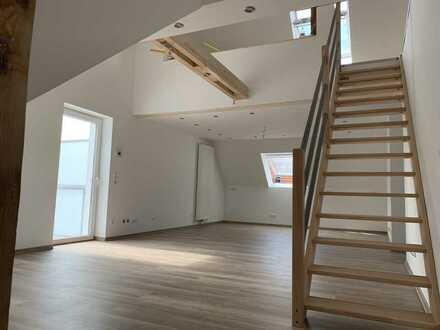 Erstbezug nach Sanierung: schöne 5-Zimmer-DG-Wohnung mit Balkon in Bochum