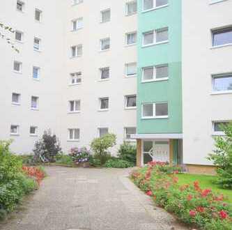 Seeheim. wunderschöne, helle 1 Zimmer-Wohnung. Einbauküche. Balkon. Parkett. Pkw-Platz.
