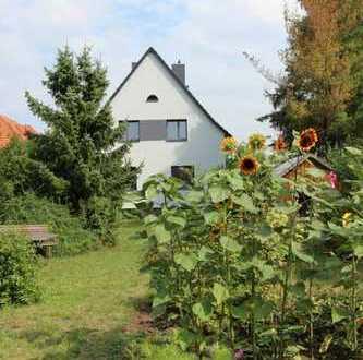 Einfamilienhaus mit großem Garten in Halle (Saale)