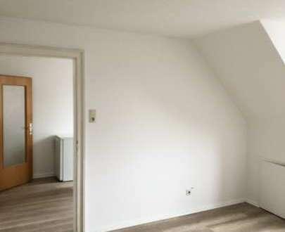 Renovierte Single- oder Zweit-Wohnung mit EBK in der Bremerhavener Innenstadt