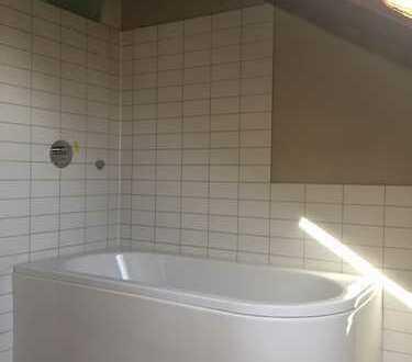Erstbezug: Schöne drei Zimmer-DG-Wohnung in Erlangen, Äußere Innenstadt