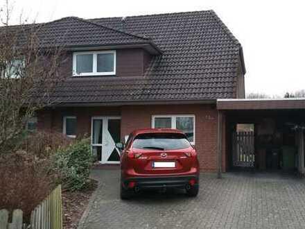 Schönes Doppelhaus mit vier Zimmern in Oldenburg (Kreis), Ganderkesee