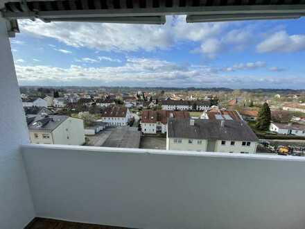 RESERVIERT Neu renovierte, wunderschöne 2-Zimmer-Wohnung mit Balkon in Altötting in einer Top-Lage