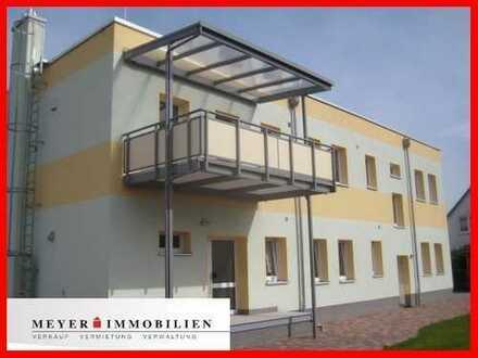 Hochwertige 4-Zimmerwohnung mit Kamin, tollem Bad, Balkon, Garage...